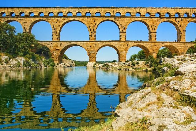 驚異の技術力!水道橋に託されたローマの夢~フランス ポン ...